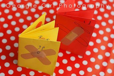 make a little book @ Love and Lollipops
