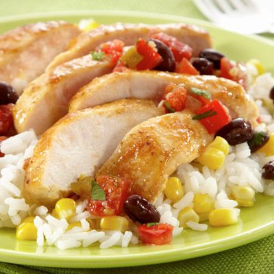 Confetti Chicken & Rice is so full of flavor. Yum!