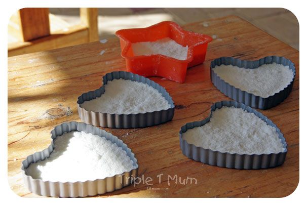 {Triple T Mum} Homemade Bath Bombs to make with your toddler.