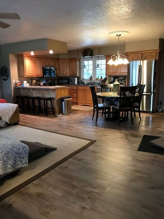 Beautiltiful Flooring Riverwalk Oak Waterproof Laminate Flooring