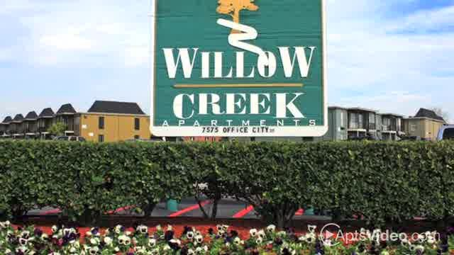 Willow Creek Apartments For Rent In Houston Texas Apartment Rental And Community Details Forrent Com Forrent Com Texas Apartments Apartments For Rent