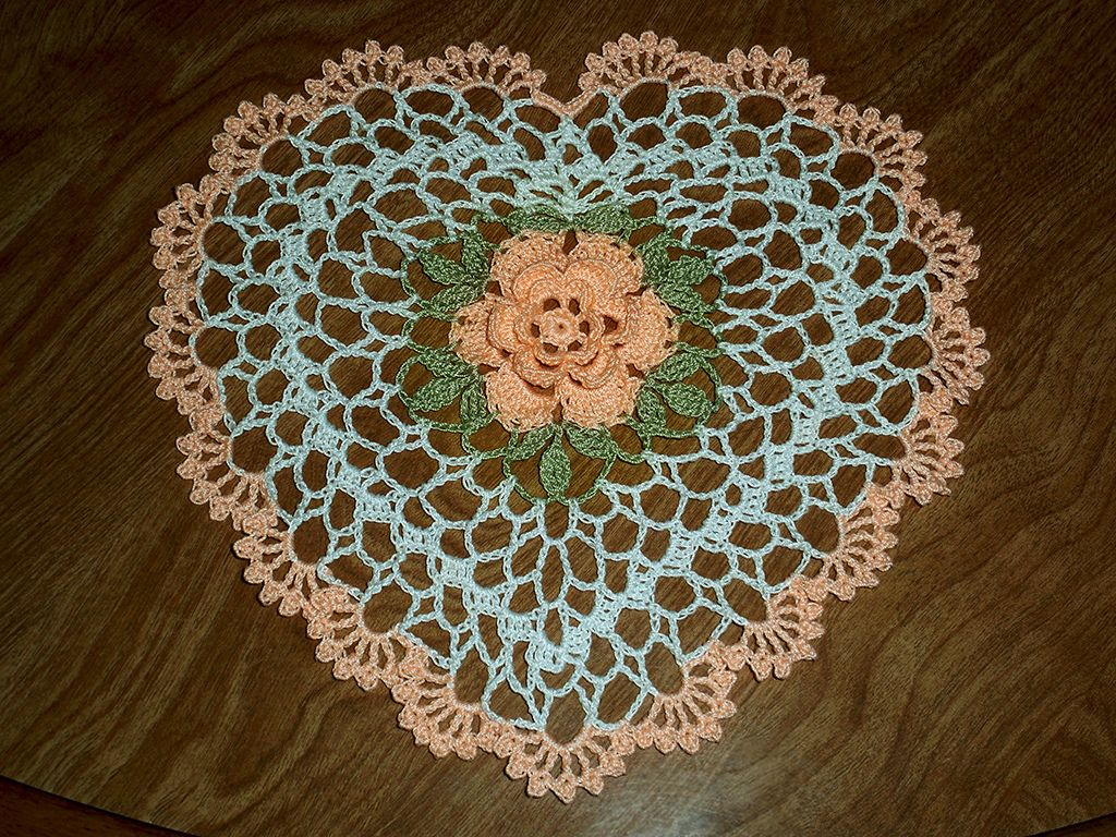 Heart Doily with a rose | Patterns and Crochet