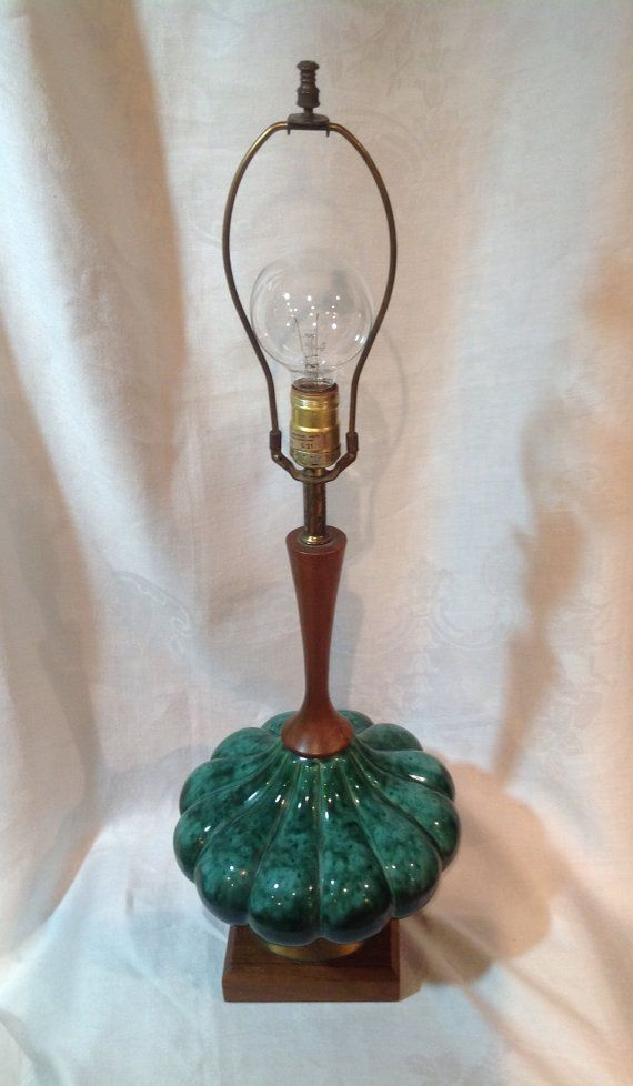 Vintage Blue Mountain pottery table lamp / quite rare