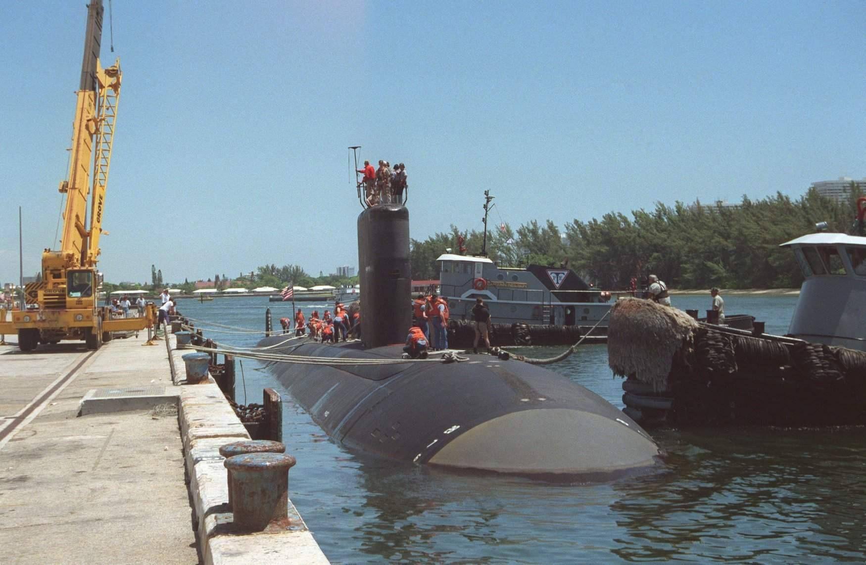 (Jun 29, 1991), USS ALEXANDRIA (SSN 757) was commissioned