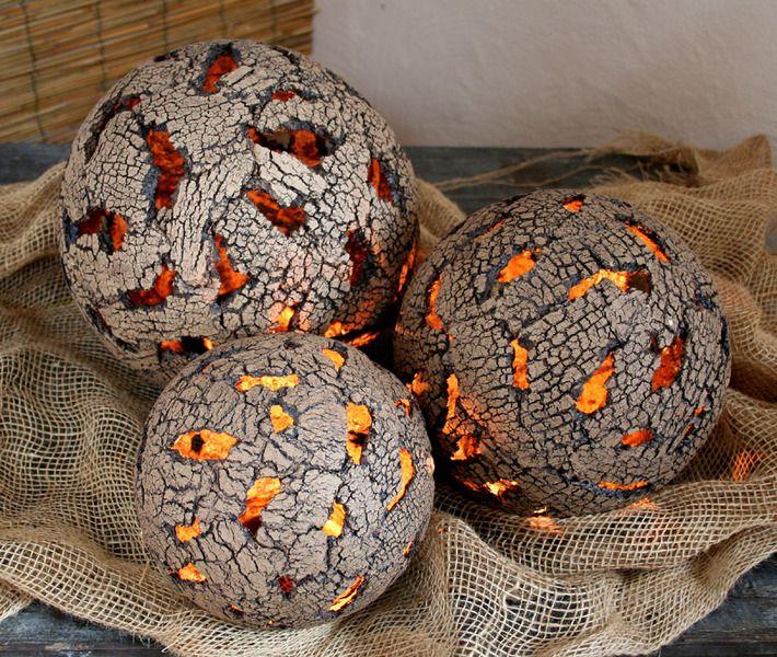 Gartendekoration gartenkugel erdkugel gartenkeramik kugel ein designerst ck von britt - Gartendekoration aus beton ...