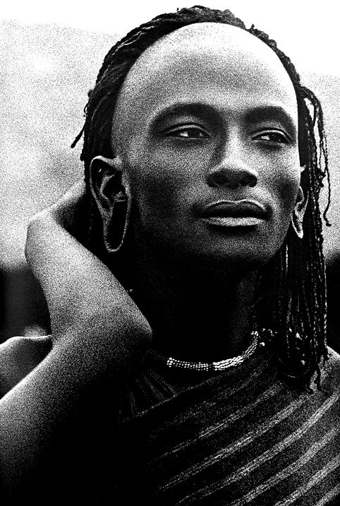 Maasai warrior, Mirrella Ricciardi  ...those eyes - I'm with this peaceable version; wouldn't want to cause the fierce look.
