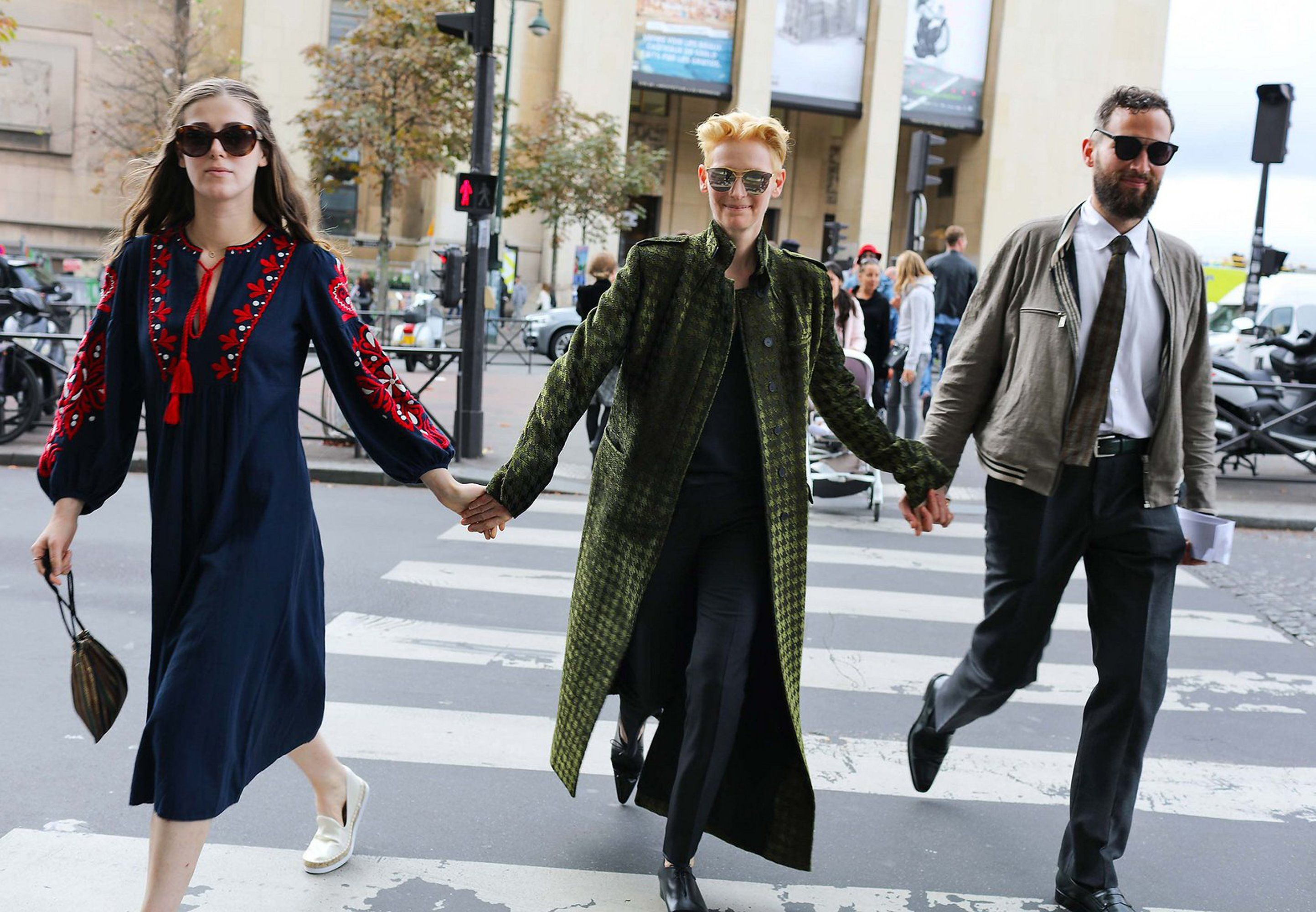The 15 Best Street Style Shots Of Paris Fashion Week Clive