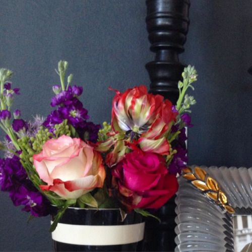 …so blessed by this beautiful arrangement of blooms sitting on my dresser. A custom arrangement of my most favorite colors. #bloomsbyc #flowersmakemehappy #morninglight
