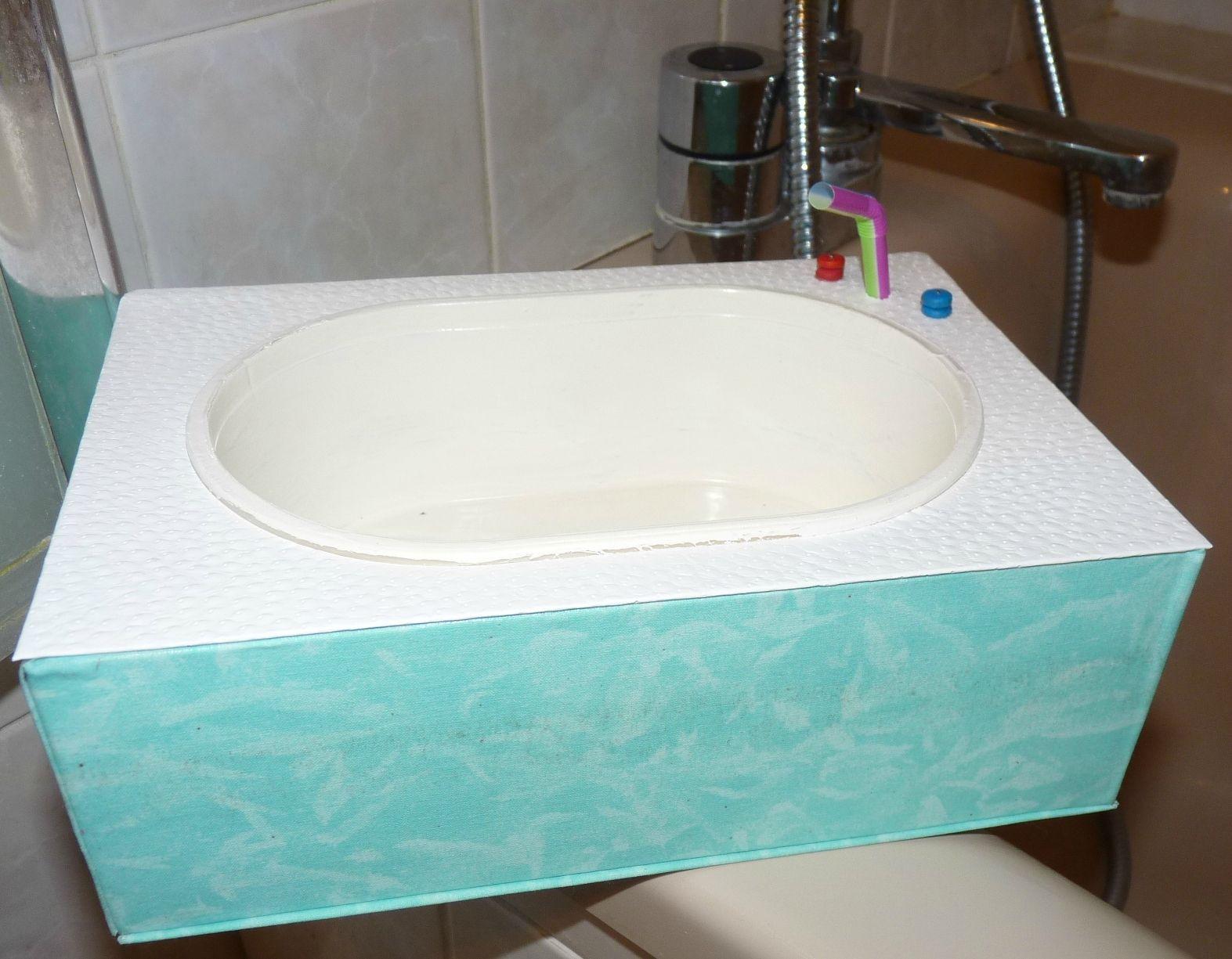 Salle De Bain Miniature ~ et maintenant la salle de bains pour poup e couture tricot
