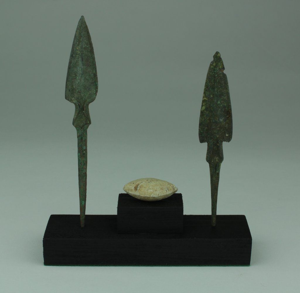 MUSEUM QUALITY BRONZE AGE ARROWHEADS LURISTAN,PERSIA 1200-800BC