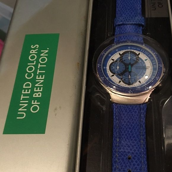 Nib united colors of benetton unisex watch quartz big chronograph benetton watch blue and white for Benetton watches