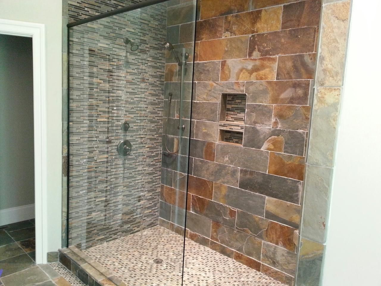 Rustic Shower Tile Design | Rustic Brick Bathroom Wall Tile Design ...