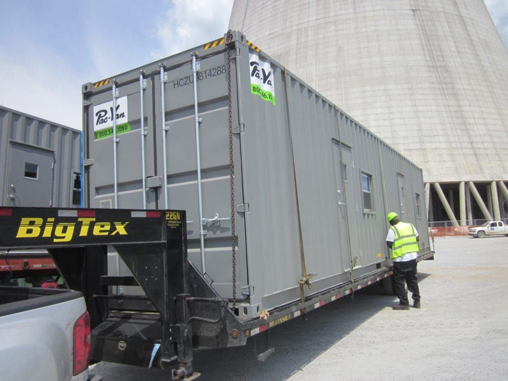 40 Ground level office on truck Container Trailers Pinterest