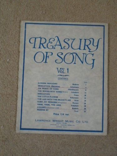 Lawrence Wright Treasury Of Song Vol.1 – Pub. Early 1940's vintage sheet music #vintagesheetmusic