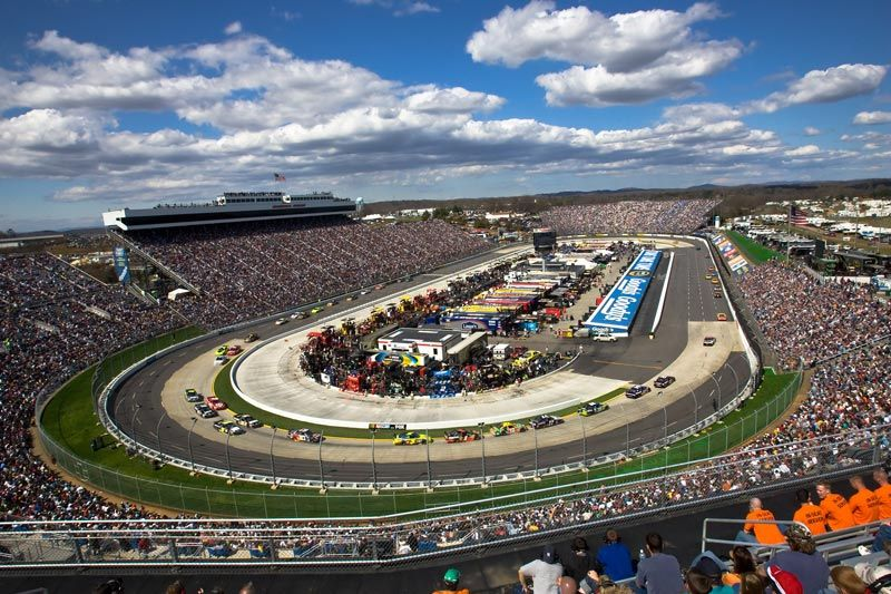 Pin By Luis Cuebas On Nascar Race Tracks Martinsville Speedway Nascar Race Tracks Nascar Racing