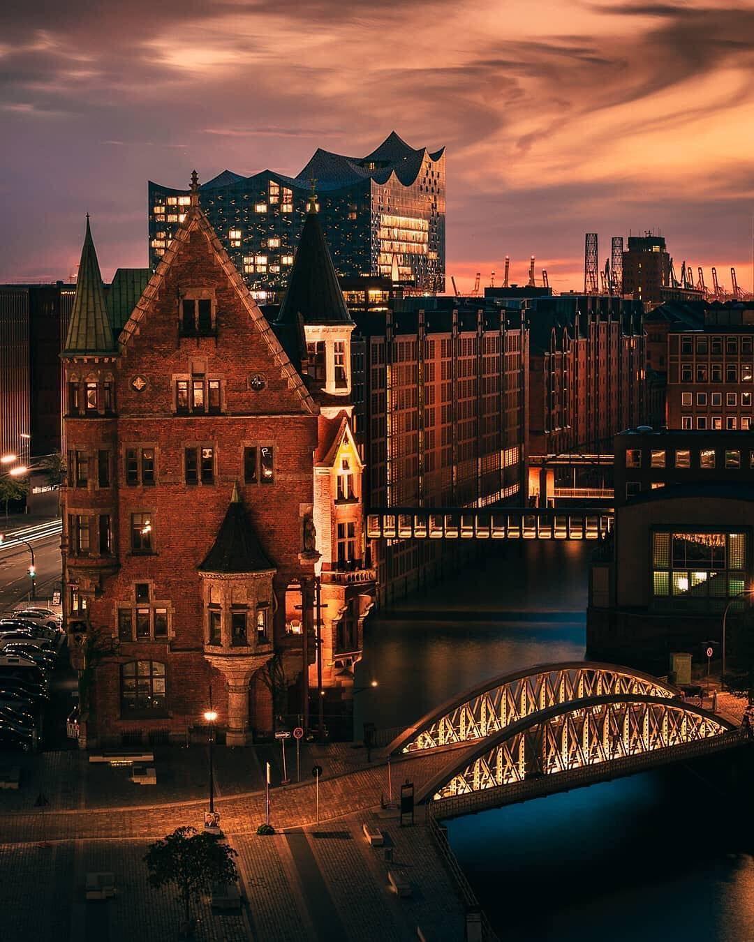 Germany Deutschland On Instagram Top Germany Von Brotherside Topgermanyphoto Schaut Euch Die Vorgestellte Hamburg Travel Europe Destinations Hamburg