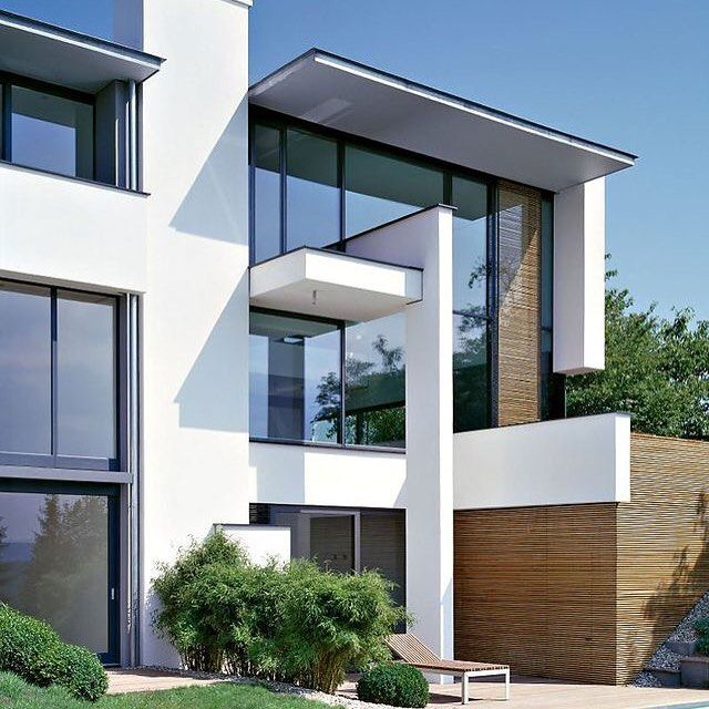 Modern House With Pool For High Class Lifestyle: Contemporary MIKI House  Stuttgart Outside View With