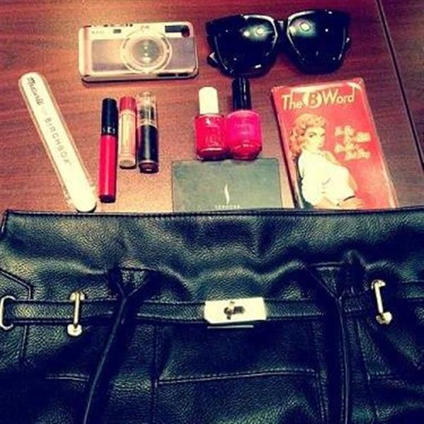 What's in my bag today? by Claudia