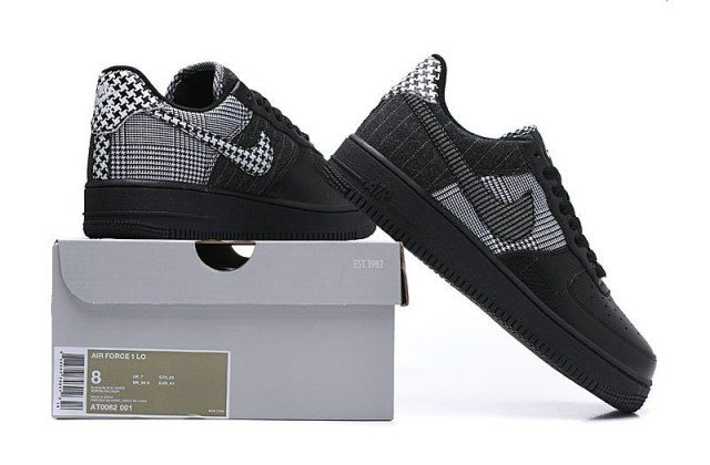 Womens NIKE AIR FORCE 1 LO Black Trainers AT0062 001