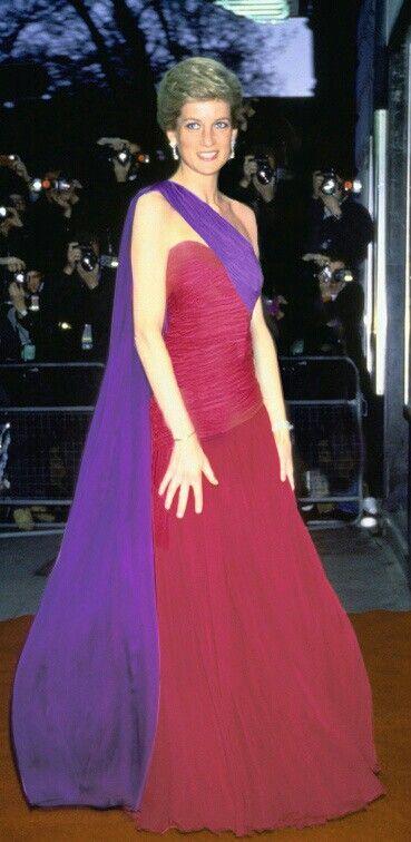 Pin von Ellen Hood auf Princess Diana | Pinterest