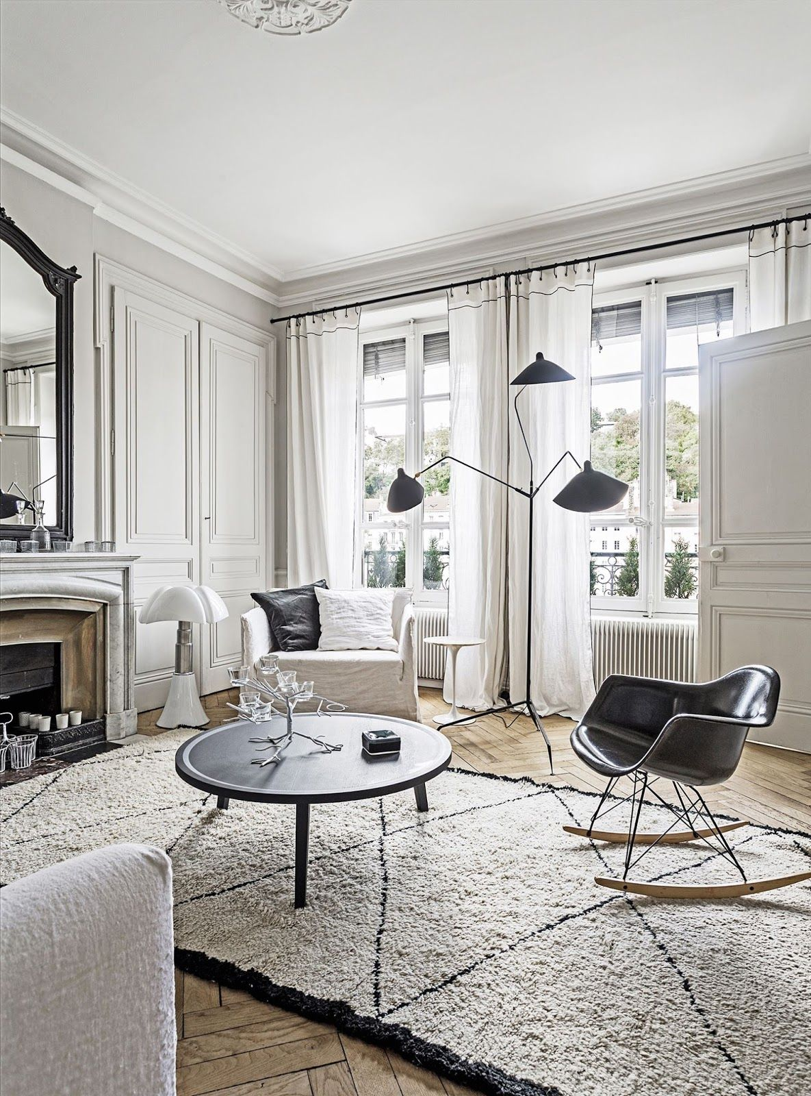 Decor Inspiration : French-Style City Apartment | Pinterest | French ...