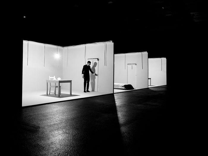 Minimalist Set Design Theatre - The Best Home Design