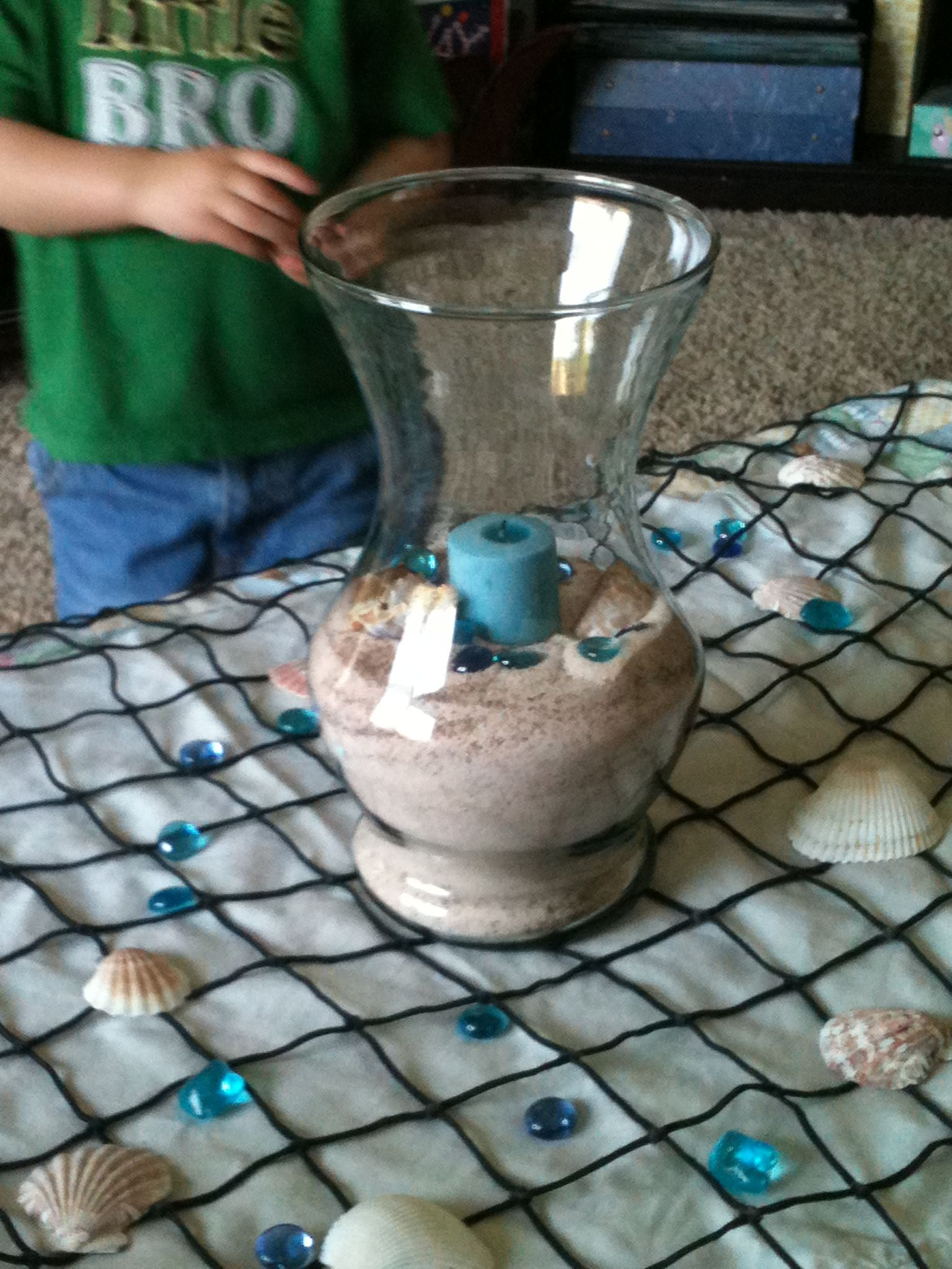 DIY - Beach party center pieces. Use sea salt and brown food ...