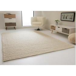 Handgefertigter Flachgewebe-Teppich Highland aus Wolle in WollweißWayfair.de