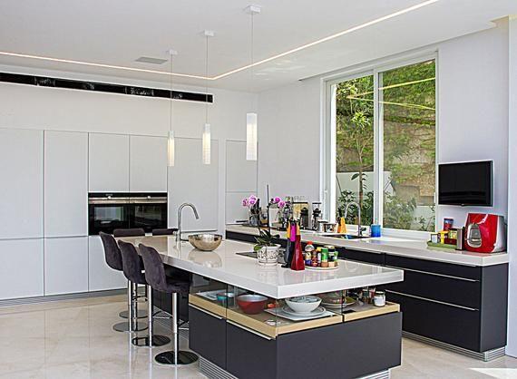 Tuscany Single Pendant Contemporary Kitchen Island