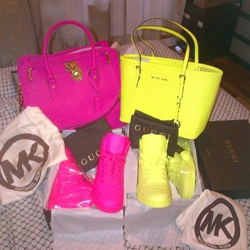 Michael Kors Bags And Shoes To Match It Kool If The Shoe