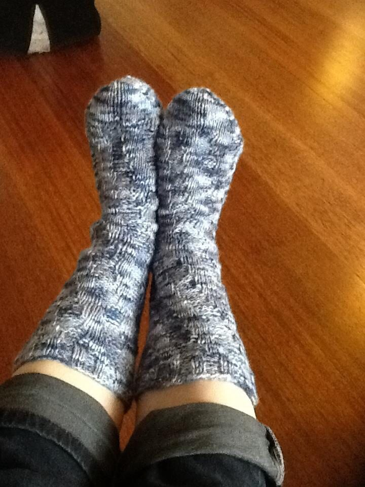 Mijn eerste sokken, zoonlief (maat 45) vindt ze geweldig.