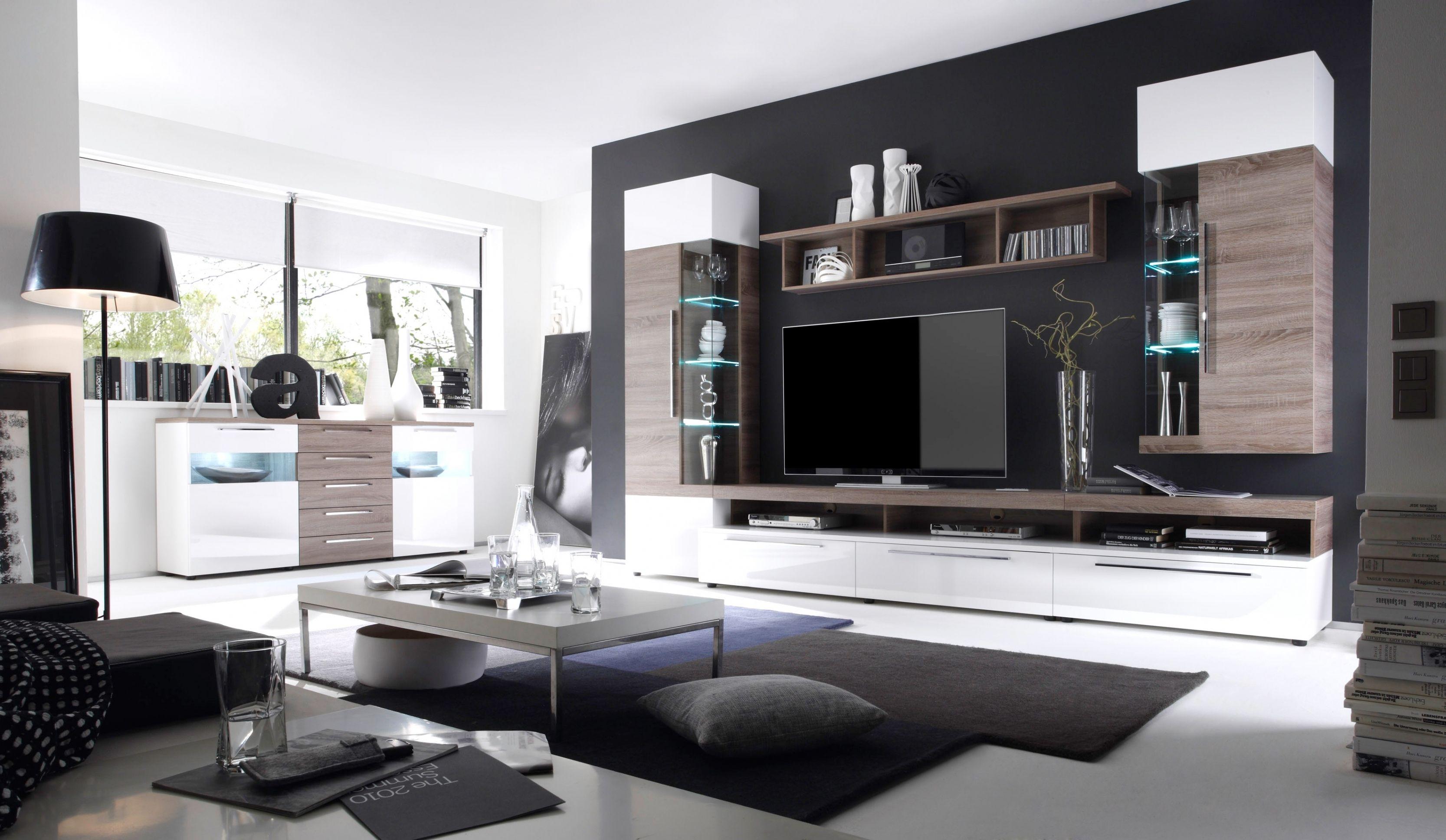 Elegant Wohnzimmerwand Modern
