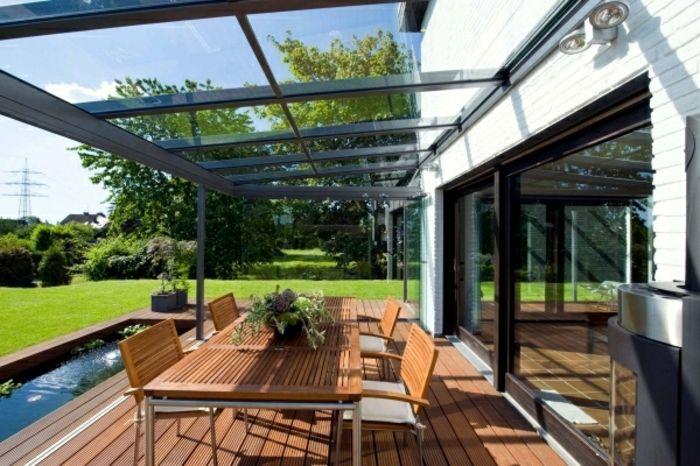 moderne und attraktive windschutz terrasse - tisch aus holz - terrazas en madera