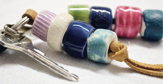 Portachiavi, portachiavi da borsa, portachiavi da tasca, portachiavi in perle, portachiavi in ceramica, portachiavi colorato, regalo