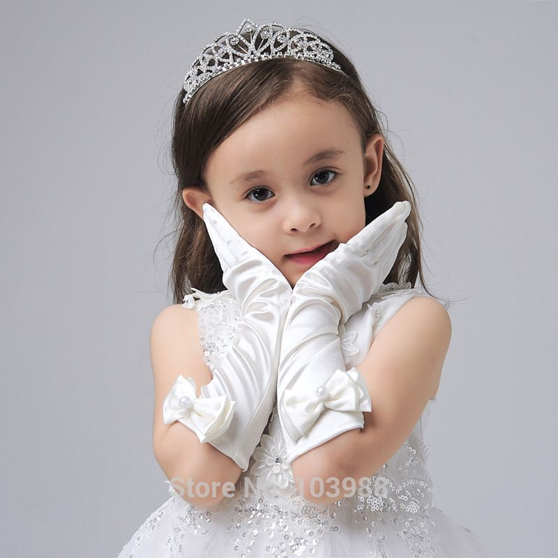>> Click to Buy << Cheap Free shipping Made Bridal Gloves Fabulous Lace Diamond Flower Glove Hollow Wedding Dress Accessories FLOWER Girl gloves #Affiliate