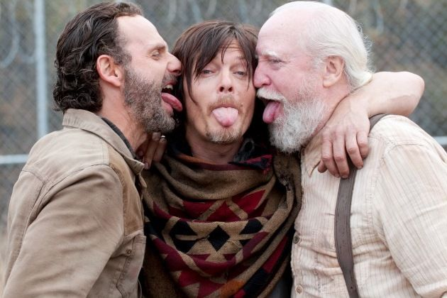Is andrew lincoln gay