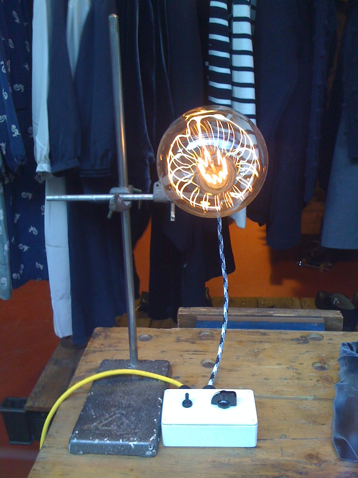 Amazing upcycled lab light i want table fan home