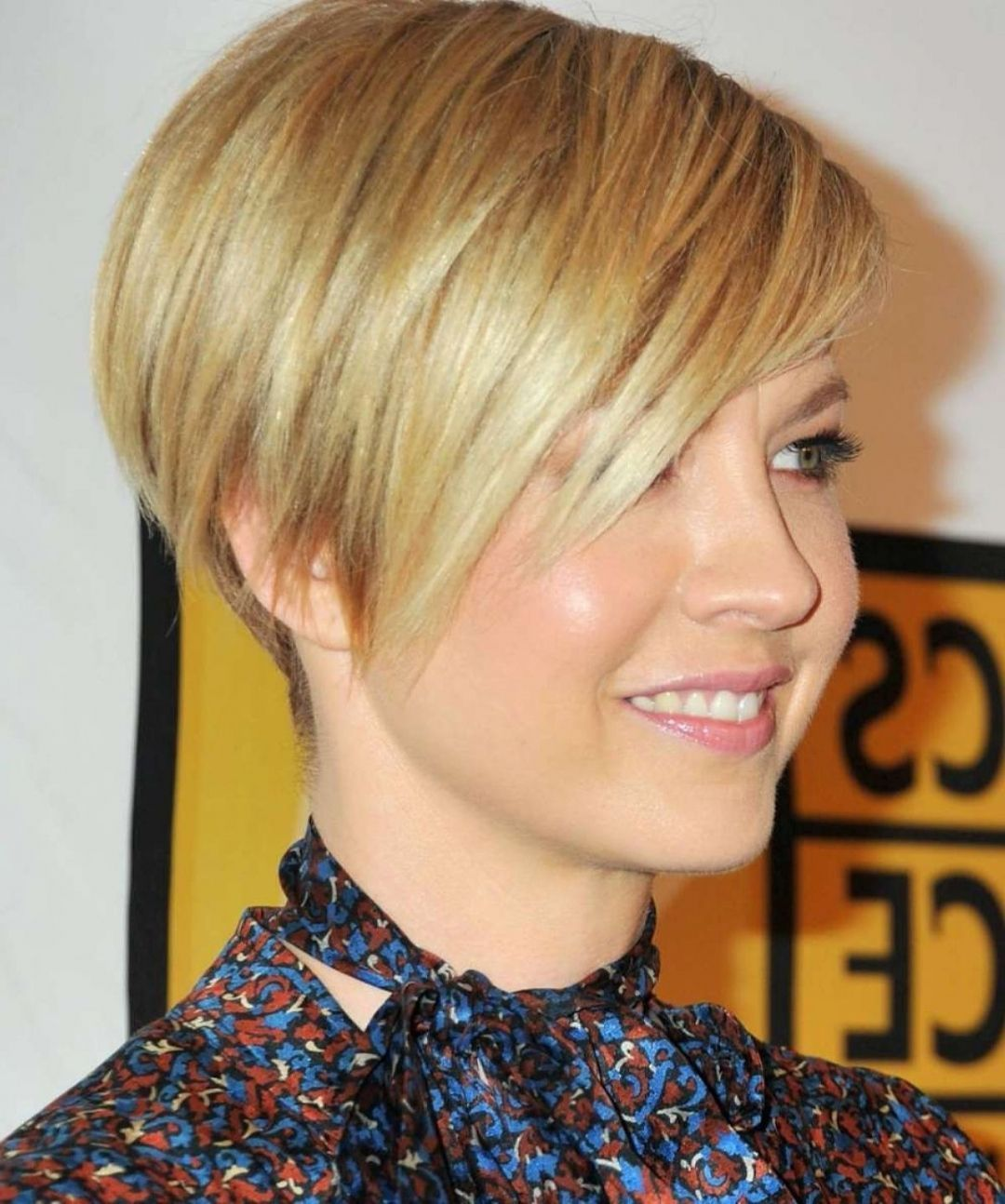 Bob hairstyles with short neck short hair bob hairstyles with