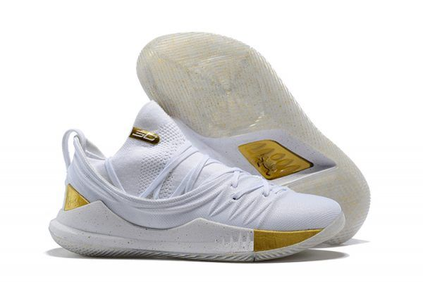 7ffc3a84c468 2018 Under Armour Curry 5 Low White Gold For Sale-3