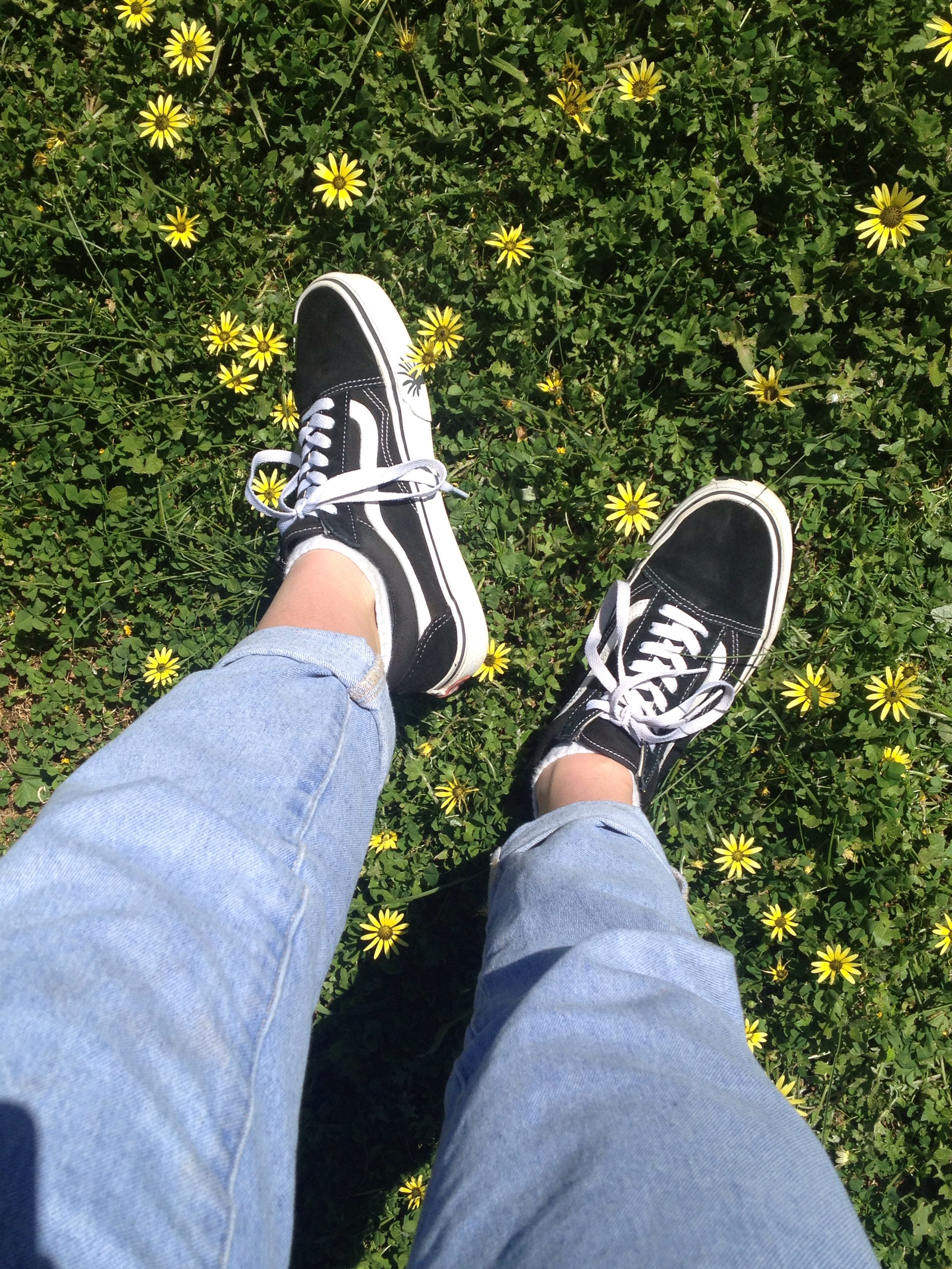 Aesthetic Shoes Vans Flowers With Images Vans Shoes Old