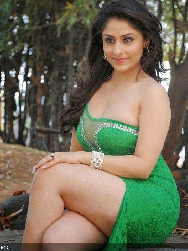 Kolkata girl in horny mood - 4 1