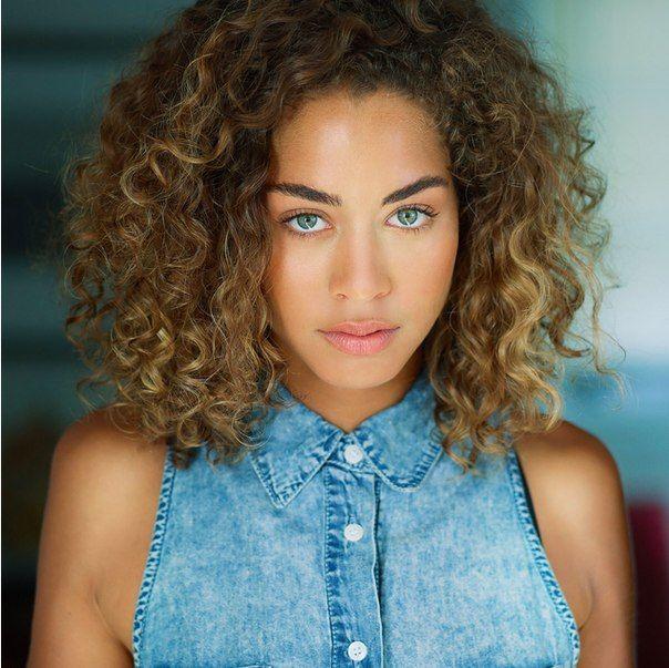 Beauty Blue Eyes Cabelos Cacheados Cacheado Curly Hair Girl