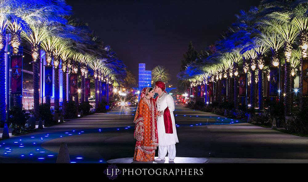 Hilton Anaheim Wedding  Great places for photo shoots surrounding the property Photography: Lin and Jirsa #Indianwedding, #ShaadiShop
