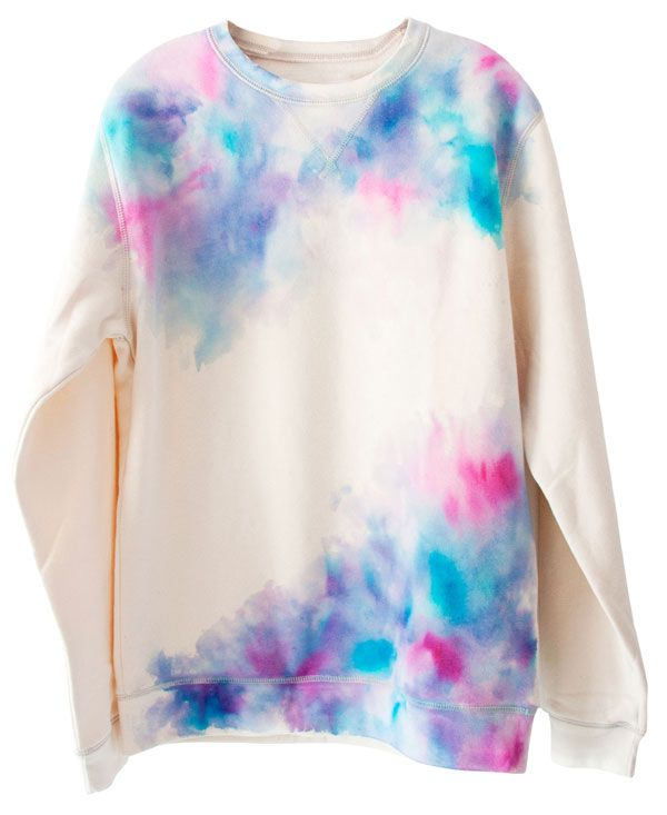 Three Steps To A D I Y Watercolor Sweatshirt Diy Fashion
