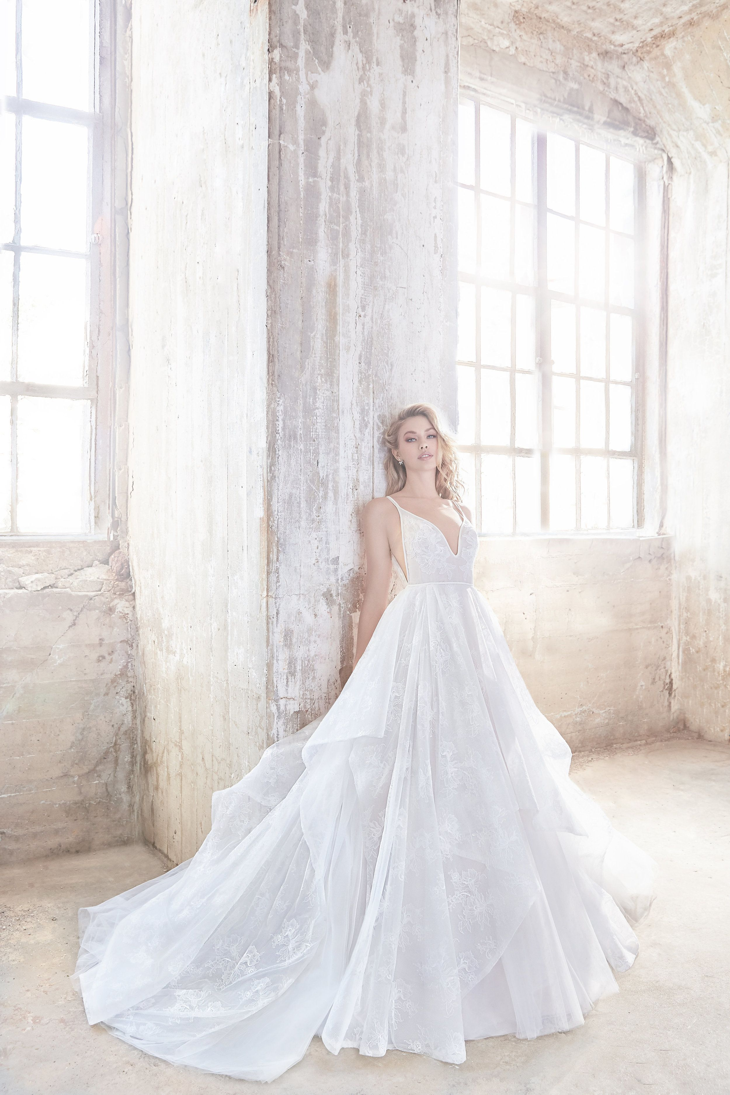 Drop-dead Gorgeous Spring 2018 Hayley Paige Wedding Dresses | Hayley ...