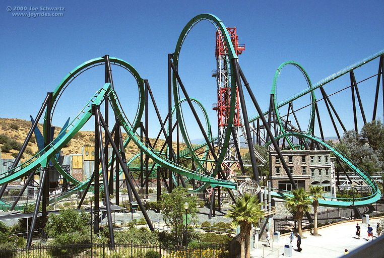 Riddler S Revenge At Six Flags Magic Mountain In Valencia California Roller Coaster Theme Parks Rides Best Roller Coasters