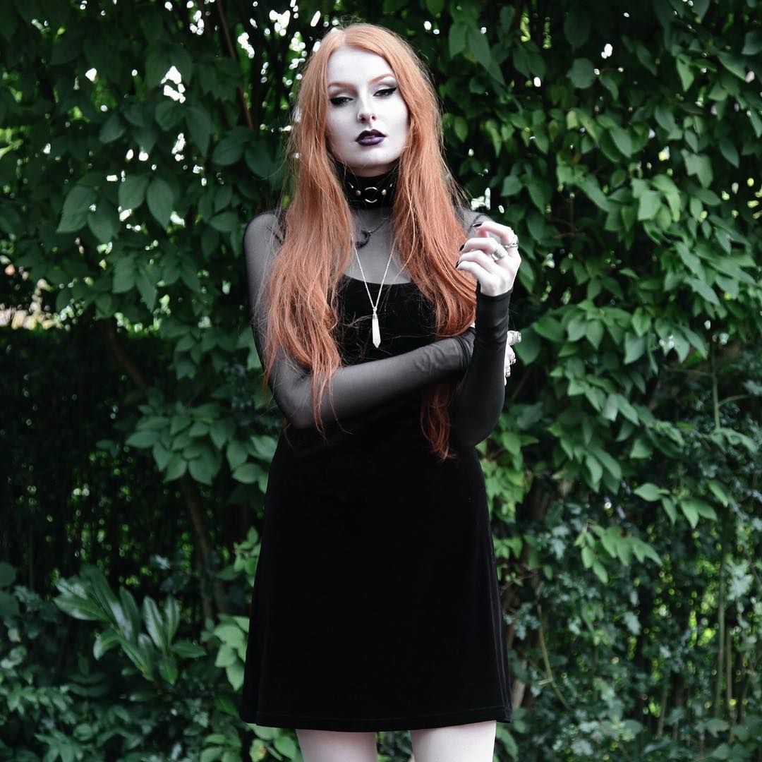 UK Fashion Blogger 🌙 London (sometimes Manchester), UK