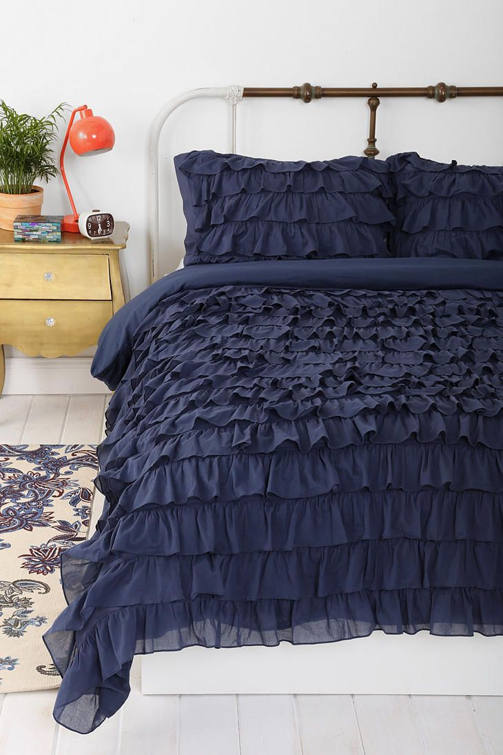 Lightweight Down Alternative Duvet Insert Ruffle Duvet