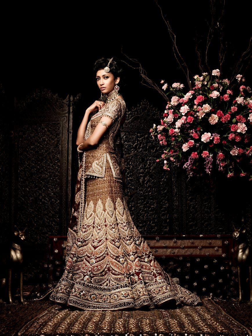 Indian Bridal- Quietly Royal! | indische Kleidung, Indische und Kleidung