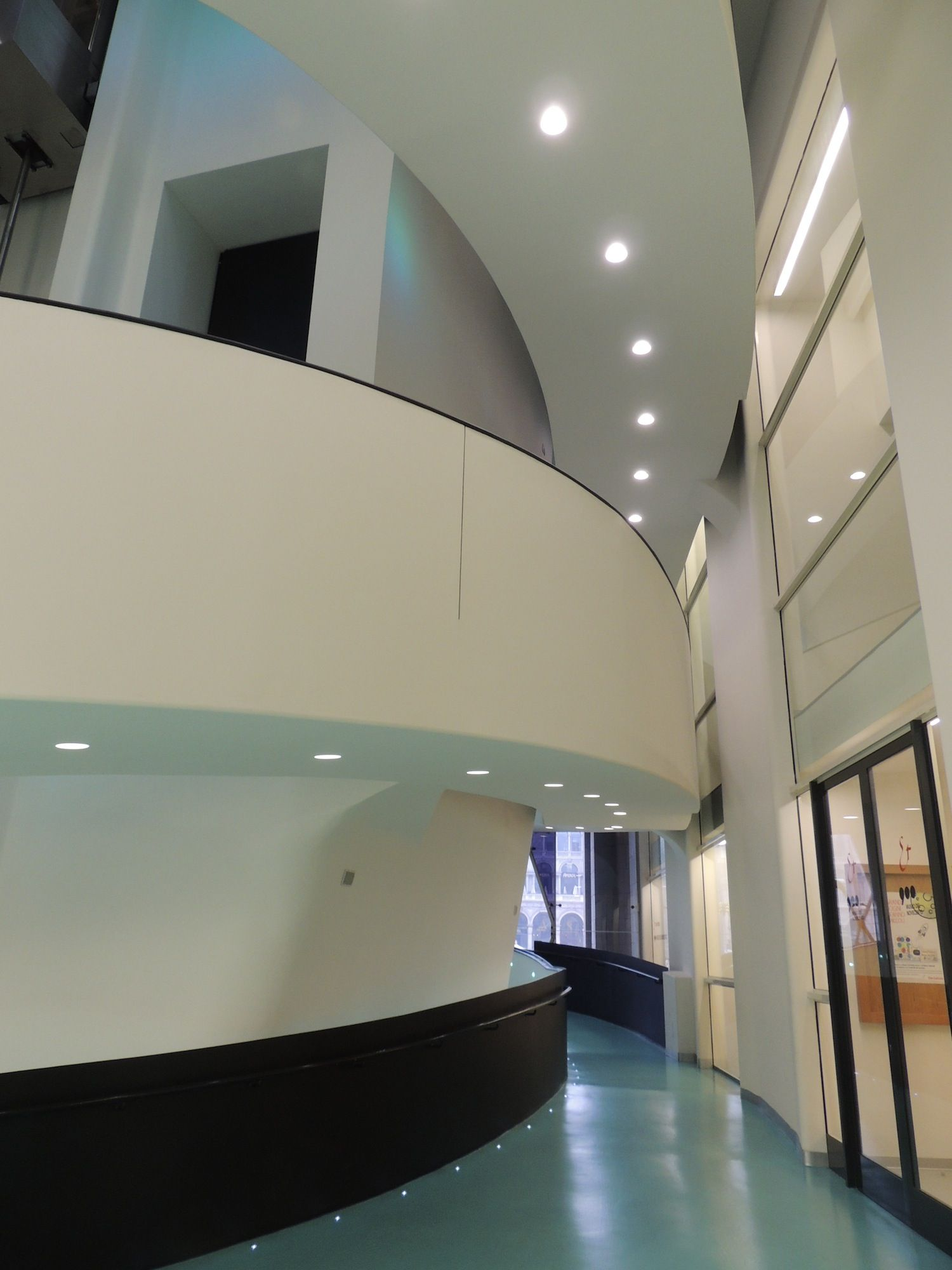 Museo del 900 - la spirale all'ingresso